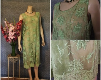 1920s Gatsby Flapper Embroidered Tulle Mixed Lace Dress in Lime, Apple Green, Excellent, Medium