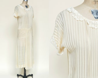 Vintage Wedding Dress --- 1920s Cream Silk Dress