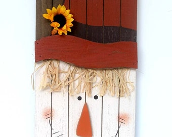 Primitive scarecrow, Wooden Scarecrow, barn wood decoration, home décor, holiday decoration, wooden wall hanger, rustic wall decoration