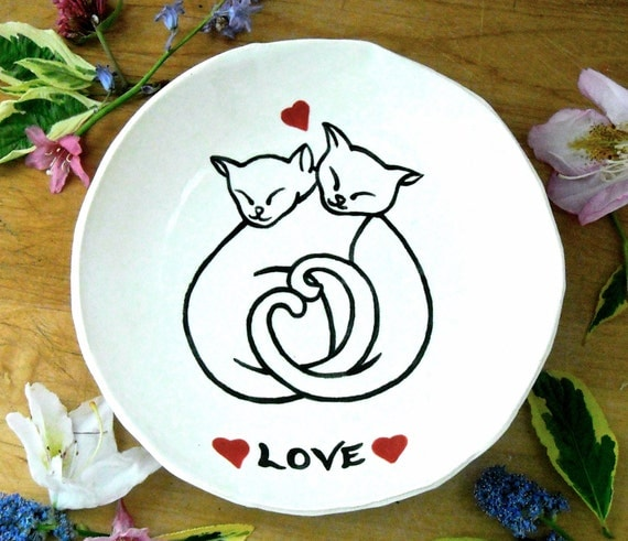 Cat Friendship Love Ring Bowl, Dish - Best Kitty Friends, Lovers, Red Hearts, BFF Trinket Jewelry, Original Drawing Pet Food Shallow Plate