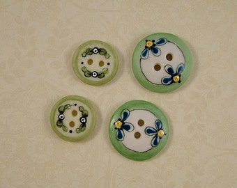 Two-Two's Buttons set of 4