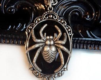 Black Spider Necklace // Spider Pendant // Gothic Necklace // Spider Jewelry // Black Widow