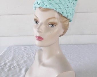 1960s Vintage Aqua Wool Textured Pillbox Hat