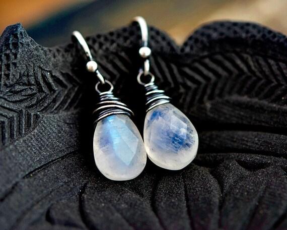 Moonstone Earrings, Drop Earrings, Moonstone Jewelry, Dangle Earrings, Gemstone Jewelry, Gemstone Necklace, Sterling Silver, PoleStar,