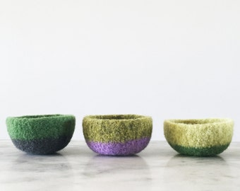 colorblock ring dish - soft, scratch free ring dish - choose a color - felt wool dish with two colors - jewelry storage - bedroom decor