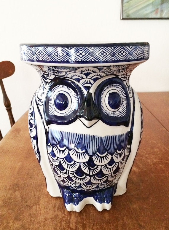 Blue White Owl Garden Plant Stool Display Pedestal Porcelain