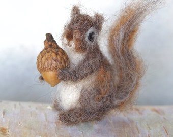 Felted Tiny Squirrel, Poseable, Grey Squirrel Miniature Needle felt