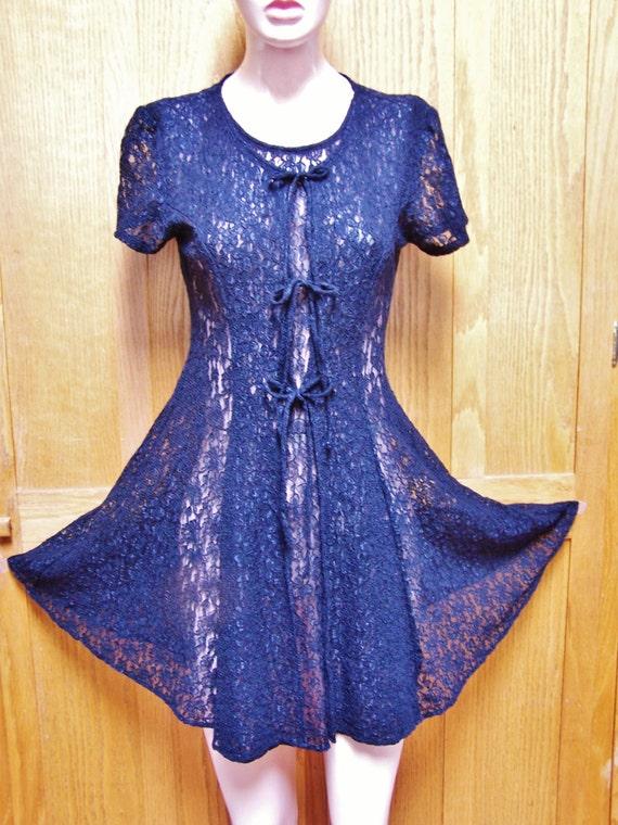Lace Dress,  Black Lace dress, Short lace dress, short sleeve lace dress, 80s Lace dress, size S / M