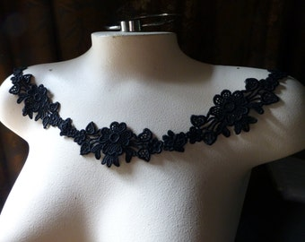 3 Black Lace Flower Appliques for Garments,  Lace Jewelry, Necklaces, Costumes  SBLA 404
