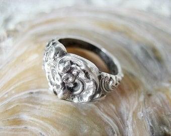 Antique sterling Art Nouveau flower ring, Antique silver floral ring, French silver Art Nouveau ring,