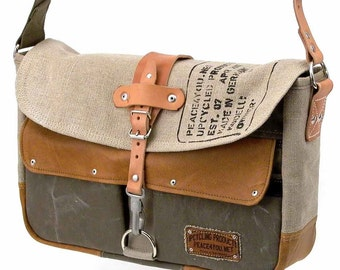Canvas Leather Messenger Bag // Handmade & Upcycled by peace4you, Germany // Model paul-2037 ( multiple options )