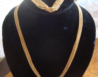 Vintage Signed Emmons Multi Gold Tone Chain Necklace & Bracelet Set