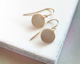 Brushed Gold Earrings, Gold Disc Earring, 14k Gold Filled, Delicate Gold Jewelry, Everyday Minimalist Jewelry, Dainty Gold Earring Remy & Me
