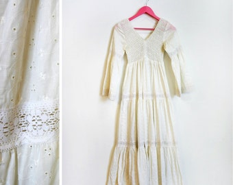 Vintage 1970s Fitted Bust White Lace BOHO Bell Sleeved Maxi Bridal Dress