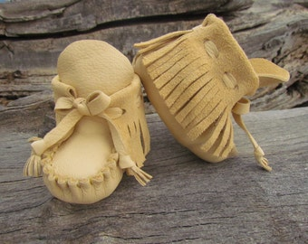 "Baby Moccasins By Desi, Cream Deerskin Leather, 4 1/2"" Long, Girl, Boy, Tribal, Aztec, First Thanksgiving outfit shoes, Winter Wear Boots"