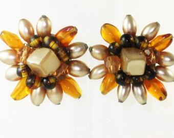 Vintage Japan Amber Glass Floral Sunflower Cluster Clip Earrings (E-1-1)