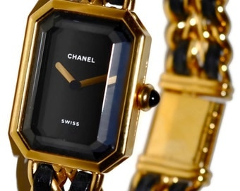 CHANEL Paris Premier Watch 18K Gold Plated Chain Link Wristwatch with Lambskin Leather Details and Onyx Cabochon Crown Size L Swiss Made