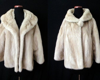 """Luscious 1950's Blonde Mink Cropped Swing Jacket Dramatic Shawl Collar by """"Robinson's of California"""" Rockabilly VLV Pinup Size-Large-X-Large"""