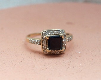 Vintage Square Sapphire Ring 14kt Yellow Gold Size 8
