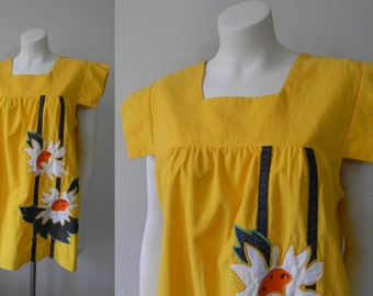 Vintage Yellow Darling Daisy Top