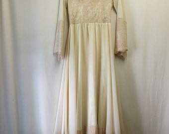 70's Cream Lace Gown