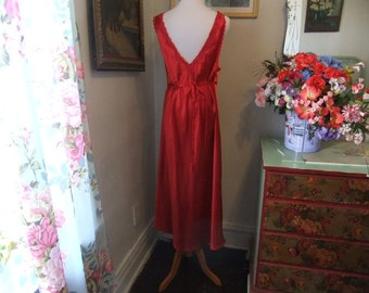 Stunning Red Night Gown