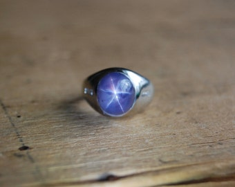 Art Deco 14K natural star sapphie dome ring with diamonds ∙ Deco star sapphire signet ring