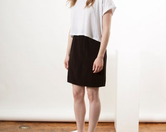 Black Tulip Skirt /  High Waisted Mini Skirt / Pencil Vintage Skirt