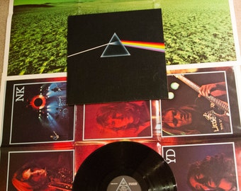 """Pink Floyd Vinyl Record Album 1970s British Classic Rock David Gilmour Roger Waters """"Dark Side of the Moon"""" (LOADED 1970s Emi w/POSTERS)"""