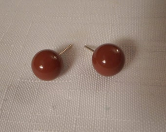 Vintage / RUST BROWN EARRINGS / Pierced / Lucite / Art Moderne / Modernist / Trendy / Fashionista / Retro / Chic / Hipster / Accessories