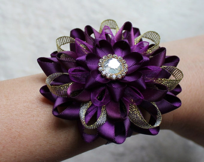 Purple Wedding Flowers, Purple and Gold Wedding Corsage, Purple Corsage, Wrist Corsage, Dark Purple Bridesmaid Corsage, Aubergine, Eggplant