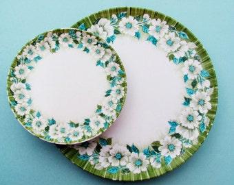 Laguna Melmac 10 Pieces Four Plates Six Small Plates Turquoise Green White Floral