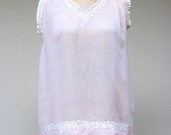 Vintage 1920s Blouse / 20s Pink Voile Embroidered Smocked Top / Small