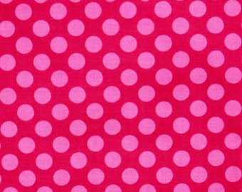 Pink polka Dots,  Modern Polka Dots 100% cotton fabric for Quilting and general sewing projects.