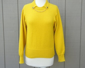 Funny Yellow Gold Super Soft Sweater with Built in Chain