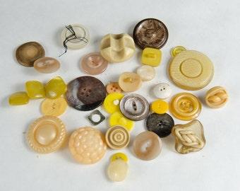Vintage Yellow Brown Tan Buttons Lot - Destash - Crafts - 20s -50s -B4B-08