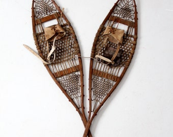 FREE SHIP  vintage snowshoes