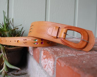 Vintage Womens Small High Waisted Tan Leather Belt Belt Thick Colorful Native Aztec Mexican Indian Hippie Boho Southwestern Hipster Summer