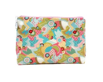 Large Pink Spring Paisley Flower Padded Zipper Storage Pouch S113