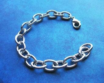 6 Charm Bracelets in Silver Tone – BR713-4