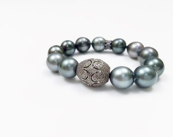 Stunning Tahitian Pearls - Pave Diamond Bead and Scalopped Spacer Bead with Tahitian Pearls, Diamond Bracelet, Tahitian Pearl Bracelet