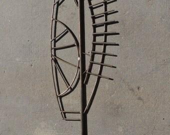 FALL SALE - recycled metal garden sculpture,  rusty garden stake, recycled steel, rusty metal garden art, recycled metal garden scupture