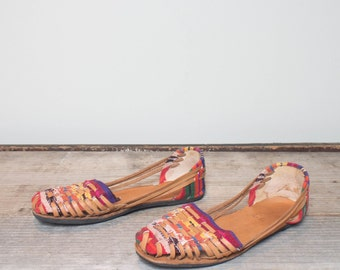 39 | 8-8.5 | Colorful Huarache Style Sandals