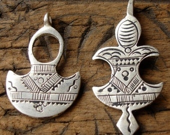 2 x Moroccan  shiny Tuareg pendants with zig zags