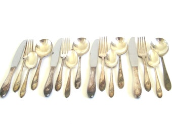 Oneida Silverware Set Queen Bess II Silverplate Flatware Service for 4, 4-pc place settings Tudor Plate with Round Soup Spoons