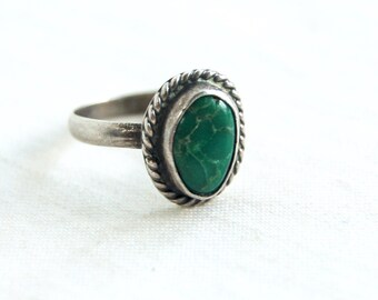 Green Turquoise Ring Size 5 Vintage Chunky Southwestern Boho Trading Post Jewelry