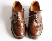 Vintage Dr Marten Shoes Lace Up Wingtip Oxfords size 5 UK Womens size 7 Mens size 5.5