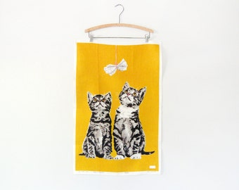 Vintage Ulster Linen Towel / Wall Hanging - Kitty Cats / Newspaper Yellow