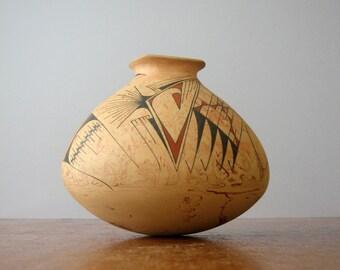 Vintage Mauro Quezada Mata Ortiz Signed Polychrome Studio Olla / Pottery Vase