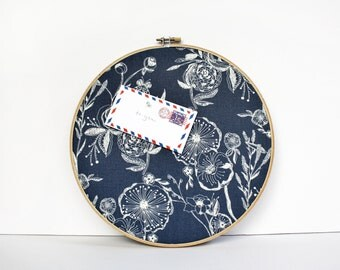 Home Cork Bulletin Board Blue Modern Etch Floral Embroidery Hoop with Tacks Organize Wall Decor Home Office